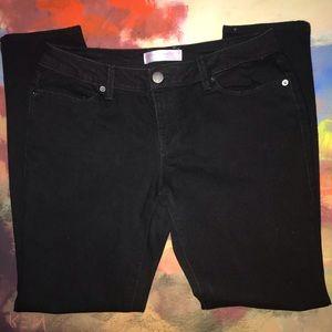 No Boundaries | Juniors Black Straight Leg Jeans